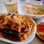 【台湾】台南名物の田ウナギ料理を食べる「八三鱔魚意麵」