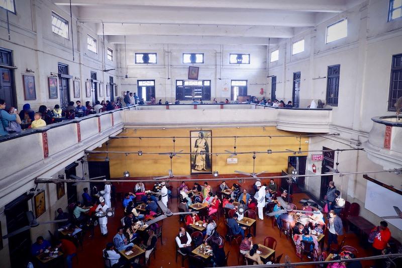 【インド】コルカタの学生街にあるステキコロニアルなカフェ「Indian Coffee House」