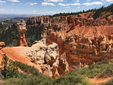 Bryce Canyon, Thor's hammer (on the left)