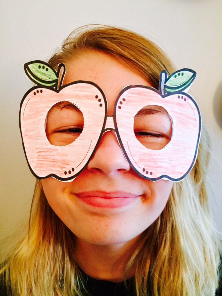 Apple Glasses Craft