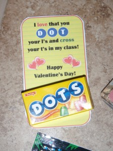 Inexpensive DIY Valentine Cards For Students And Teachers