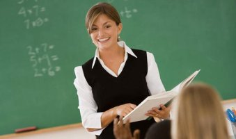 Teaching ESL Abroad as a Career: A Good Choice?