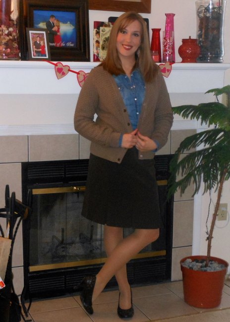 Chambray button up: Wal-Mart. Brown cardigan: gift. Feather earrings: Charlotte Russe. Fitbit: gift. Brown skirt: (thfited.) Brown pumps: (thfited.)