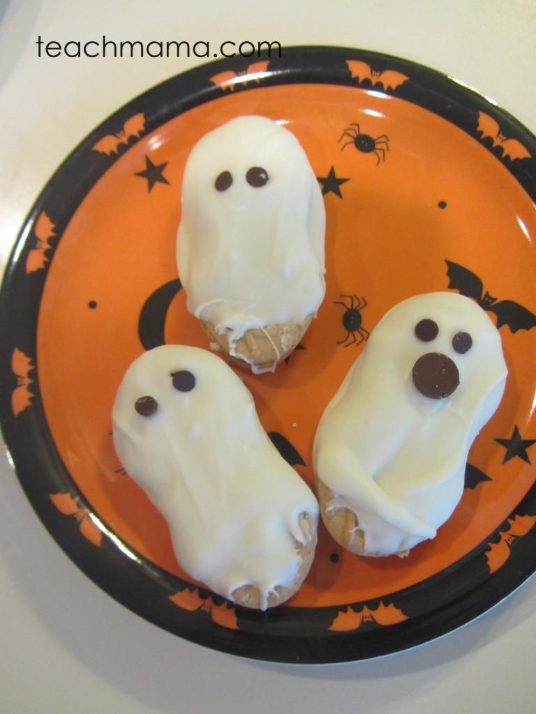 halloween cookie ghosts