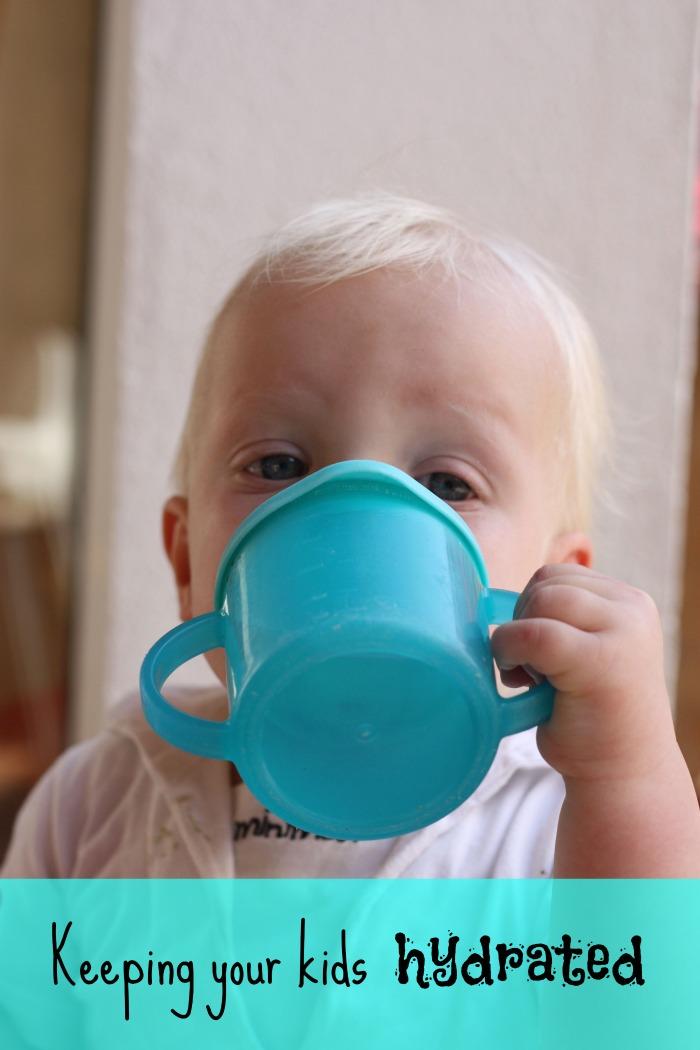 how to keep your kids hydrated | teachmama.com