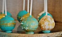 Cake pops in teal and gold for Eid table!