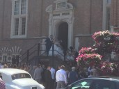 We stumbled across this wedding Friday afternoon at City Hall.