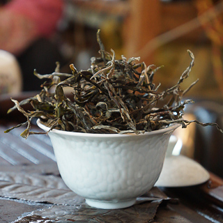 Sun-dried puer tea