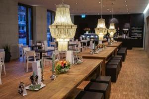 Gastronomie Möbel für Restaurants   Teakmöbel.com
