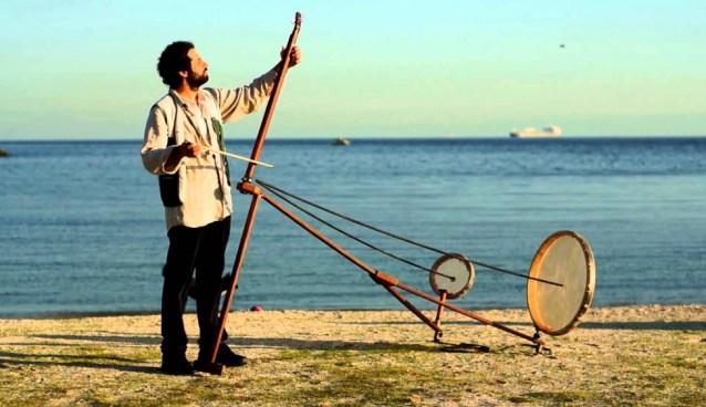 DIY SATURDAY #18 – The Yaybahar designed by Görkem Şen, Acoustic Instrument Sounds like Digital Synthesizer