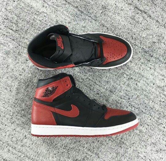 Jordan1Bred_2