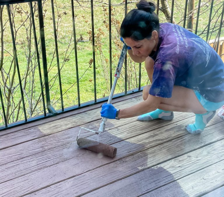 DIY: Rehabbing Our Deck with Behr DeckOver