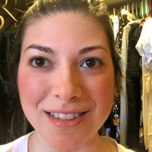 Makeup Tutorial - Eyes Step 1 www.tealinspiration.com