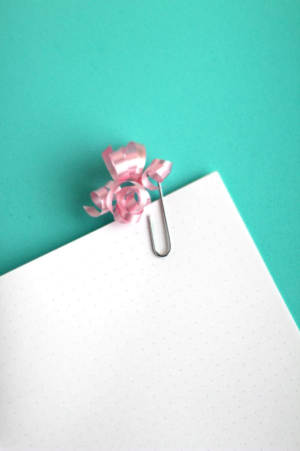 DIY Paperclip Flags for planners and notes