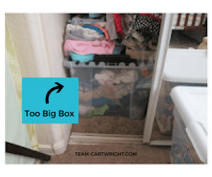 Looking for a simple way to keep your baby twin's clothes organized? Or just your kids' clothes in general? Here are simple tips that you can implement right away to keep those tiny adorable clothes organized. Kid's clothes   Twin Clothes   Simple Organization   Mom Hacks #twins #baby #clothes #organization #simple #system Team-Cartwright.com