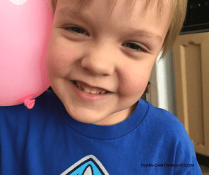 Easy Sound Science Activities! Learn how to make a simple amplifier with just a balloon. #STEM #sound #science #learning #activity #preschool Team-Cartwright.com