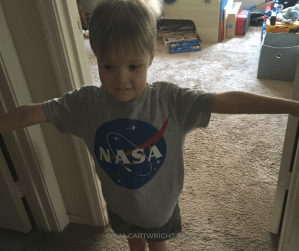 Remember the floating arm trick? Share it with your children and learn the explanation behind it! Plus get more fun and easy human body experiments to wow your kids. #STEM #science #learning #activity #human #body #tricks Team-Cartwright.com