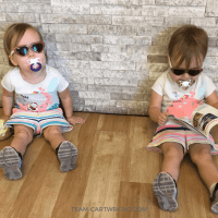 I am that twin mom: Why I dress my twins the same