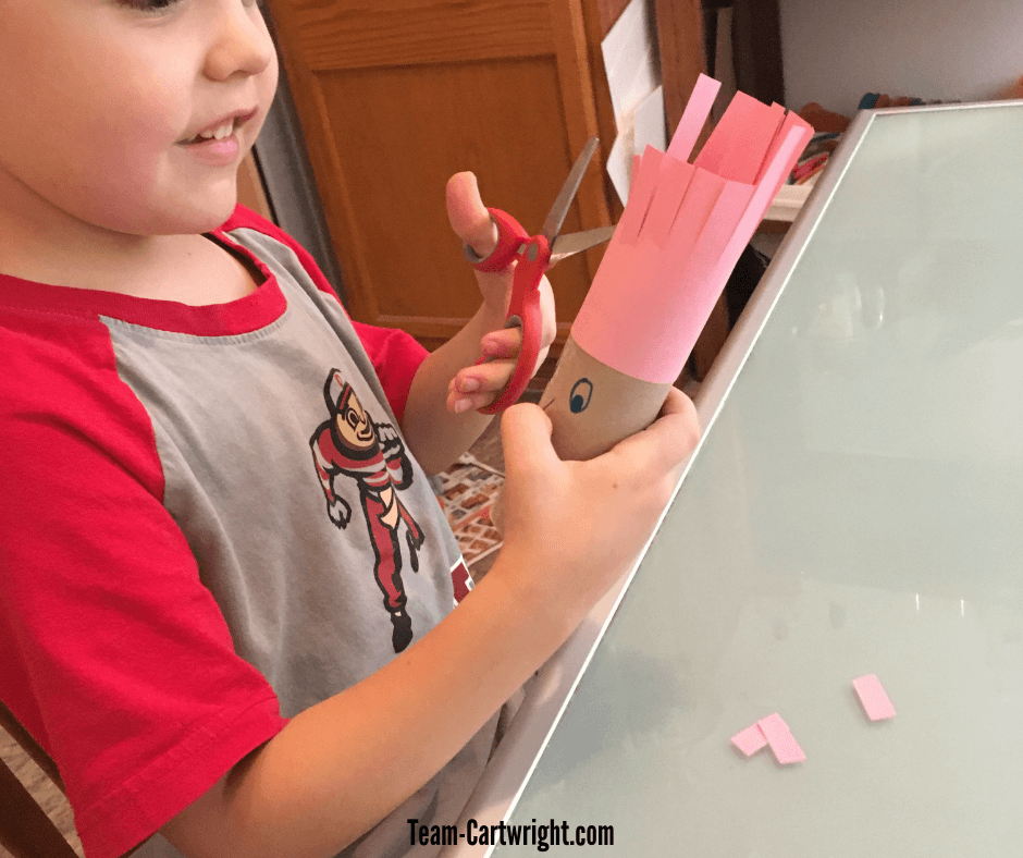 Scissor skills are very important for preschoolers to learn, but it can be so scary to give little ones scissors! Learn just why these skills matter and get simple activities that keep your child safe while they learn to cut! #ScissorSkills #CuttingPractice #FreePrintable #PreschoolWorksheet #PreschoolScissor Team-Cartwright.com