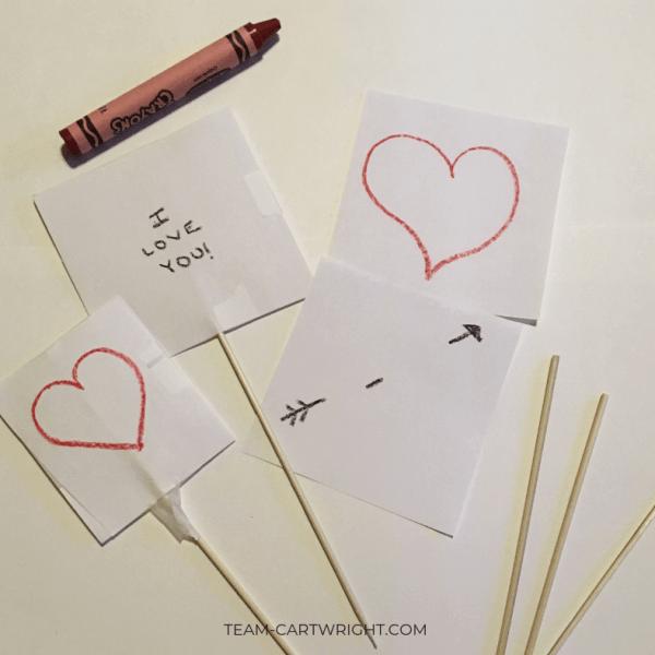 Valentine's Day Thaumatropes for Kids!