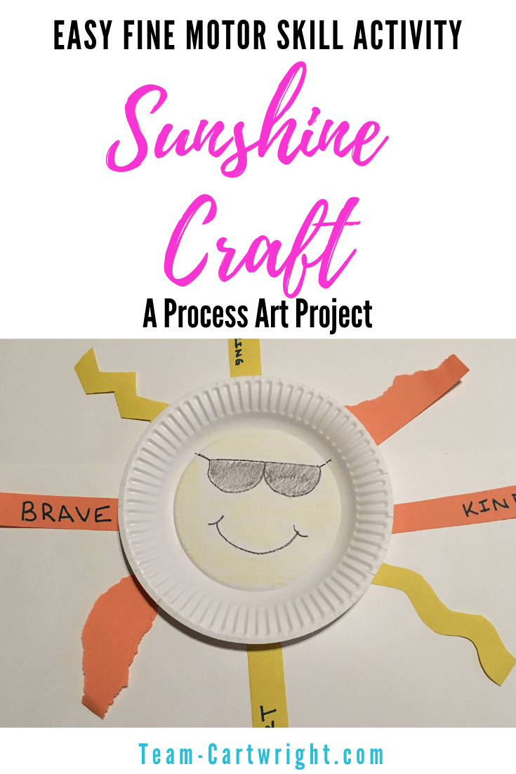 Looking for some simple process art that also builds fine motor skills? This is the project for you! Work on scissor skills, art, and even kindness with this fun sunshine craft activity. #SunshineArt #PreschoolArt #LearningActivity #OpenEndedArt #SummerCraft Team-Cartwright.com