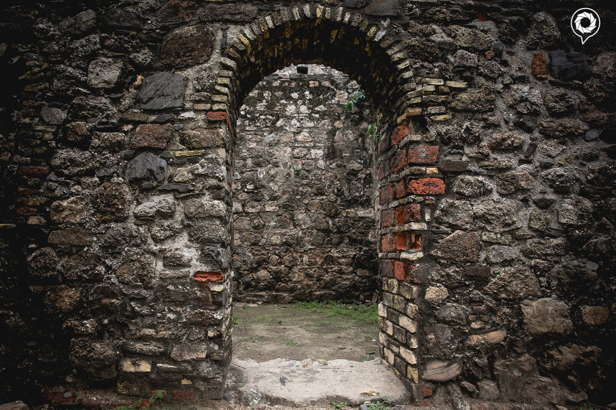 Archways showing the different materials used in the construction of the fort..