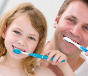 Hai il diabete? Lavati i denti! Ti lavi i denti! Migliora il diabete!