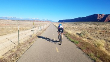 Biking riding in Moab