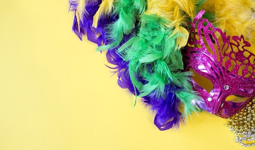 Minute Monday: Easy DIY Mardi Gras Office Party Tips