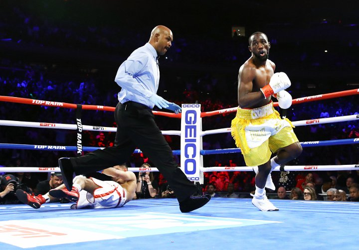 Crawford Beats Khan in Bizarre Stoppage, Stevenson Easily Outclasses Diaz