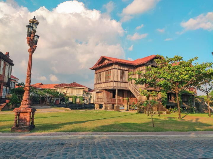 las casas review blog