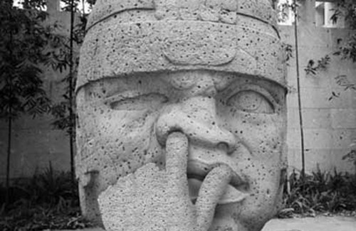 Statue picking nose Funny Pictures Random Humor Epic Fails worst family photos bad family photos weird worst tattoos bad tattoos stupid people crazy people funny names funny memes animal memes awkward family photos