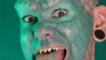 Lizard Man – The Worst Bad Tattoos, The Ugliest Regrets, too.