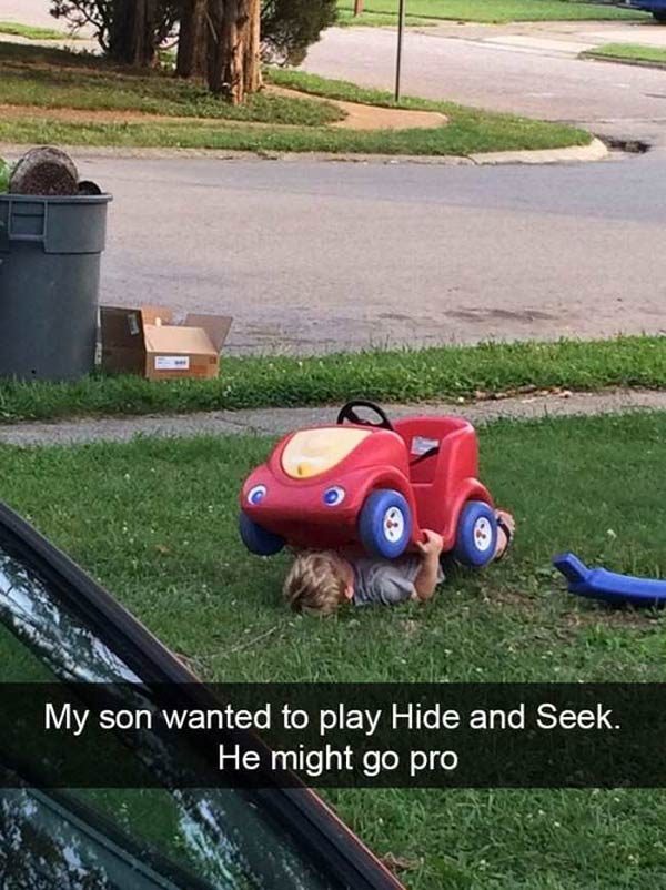 Son playing Hide & Seek ! going pro ~ funny snapchat humor