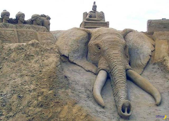 Great Sand Sculptures ~ Elephant Head & Emperors.
