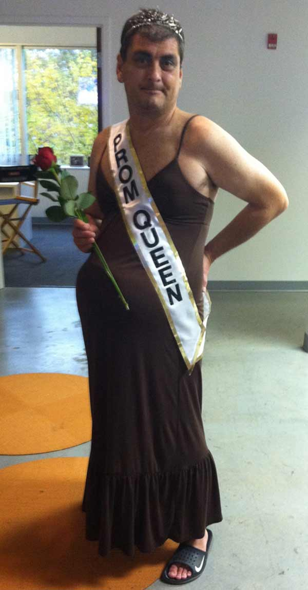 Pregnant Prom Queen ~ Funny Halloween Costumes