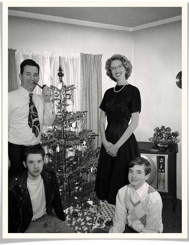 The Perfect Christmas ~ Funny  Family Christmas Photos ~ old vintage Christmas pics 1950s family