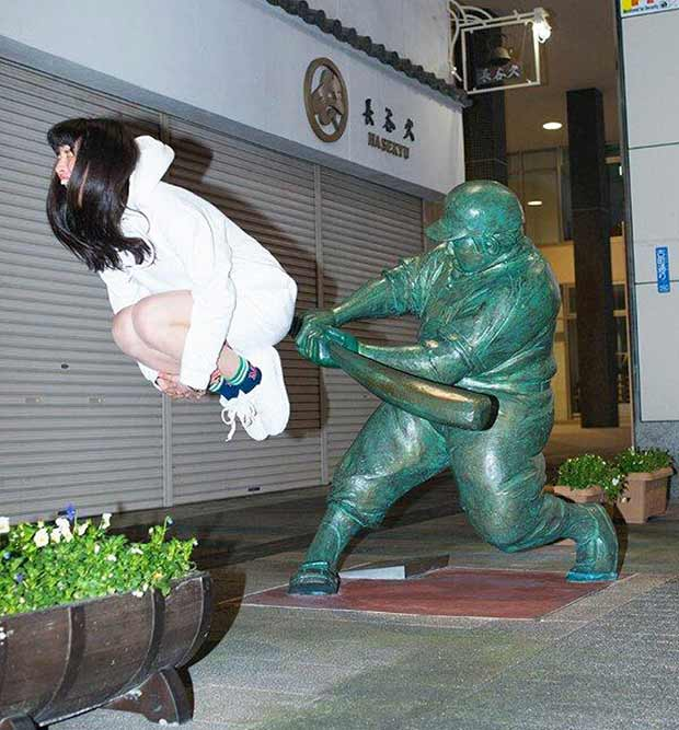 Home run! ~ funny pics and memes ~ woman and baseball batter statue