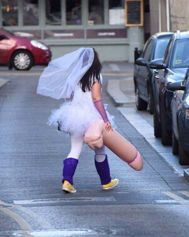 One for the road ~ Bachelorette Party Aftermath ~ brand carrying inflatable penis ~ funny pics, funny memes