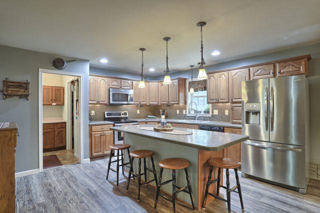 204 Black Oak Road - Kitchen
