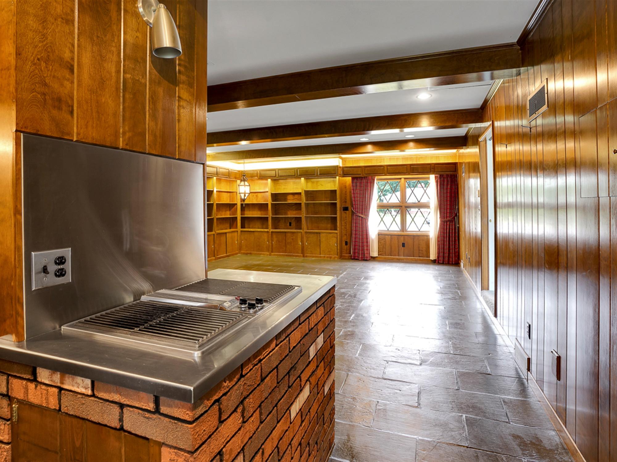 964 Reber St - Jenair cooktop