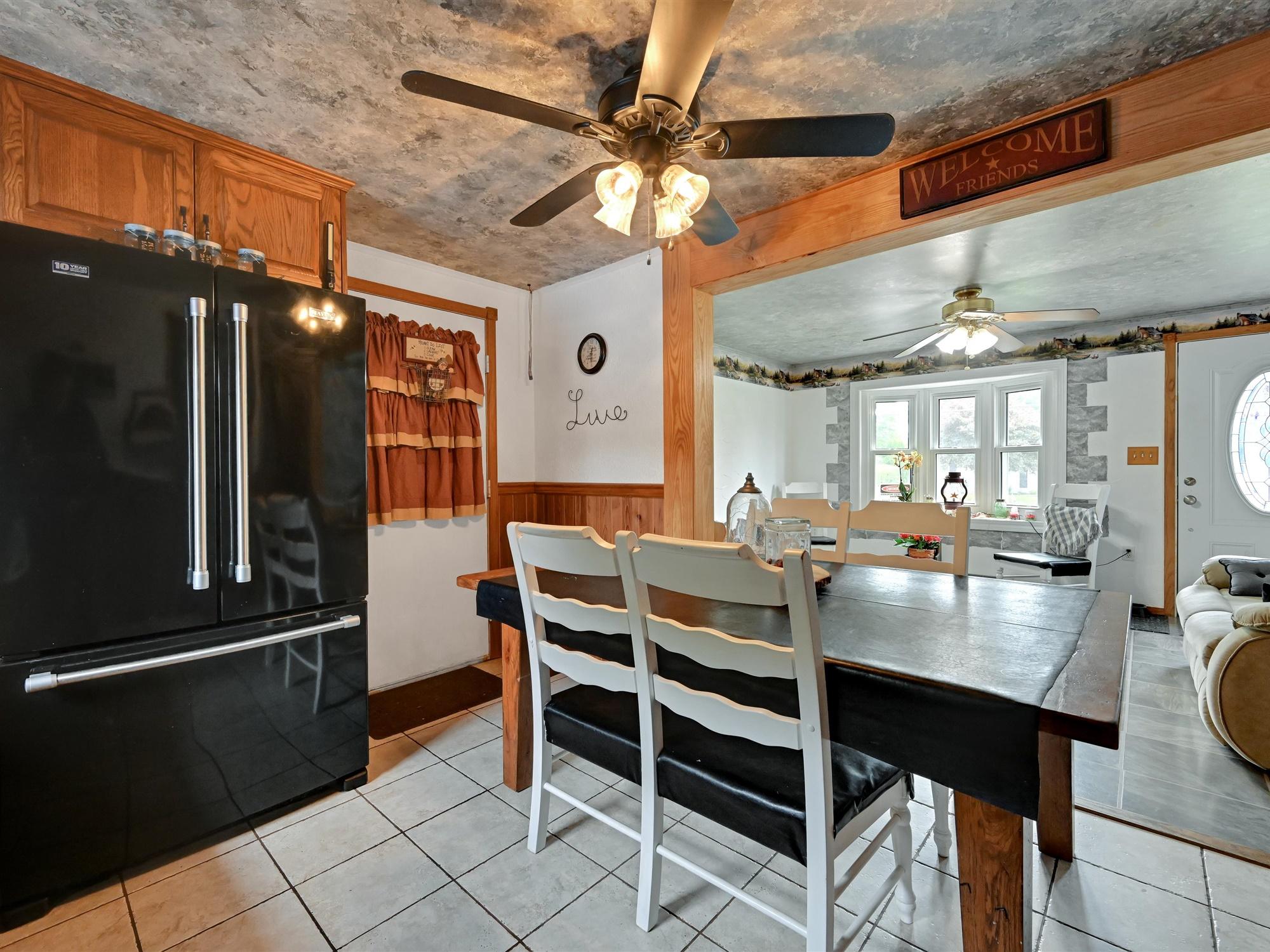 1617 Greenwood Dr. - Kitchen 4