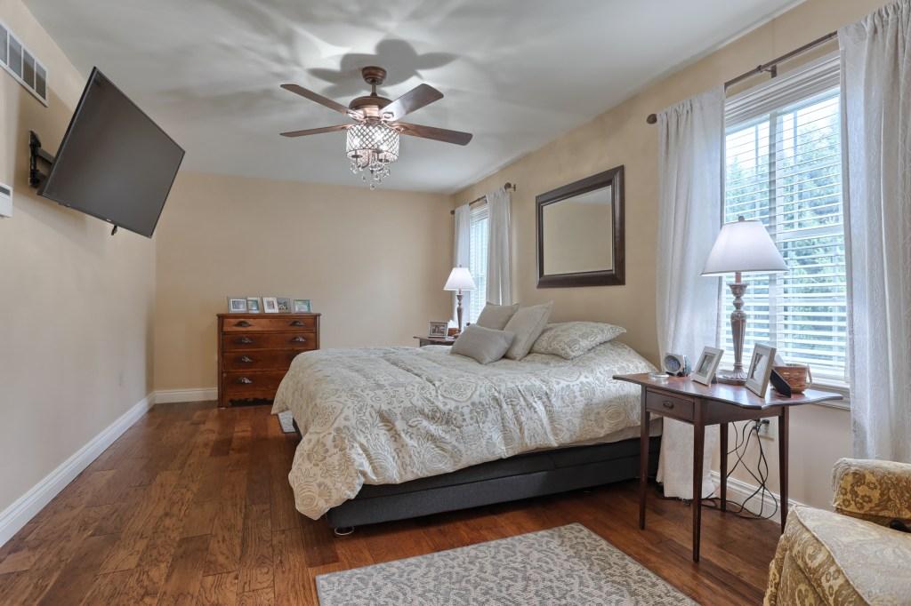 233 Troon Way - Master Bedroom
