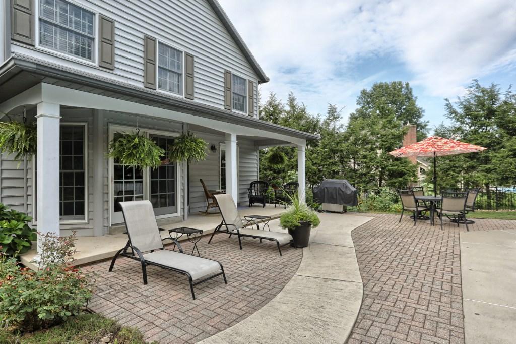 233 Troon Way - paver patio