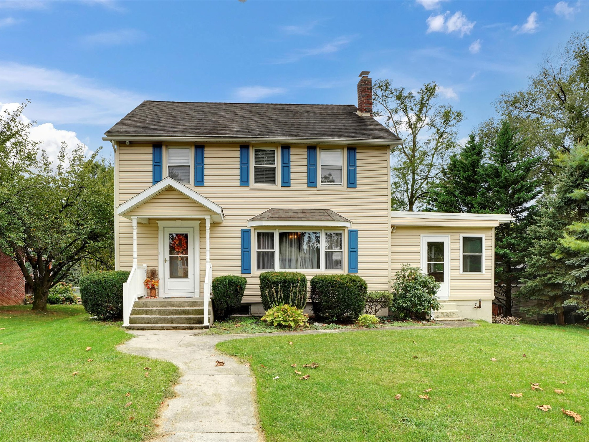 2022 Kline St - street view of this charming single family home