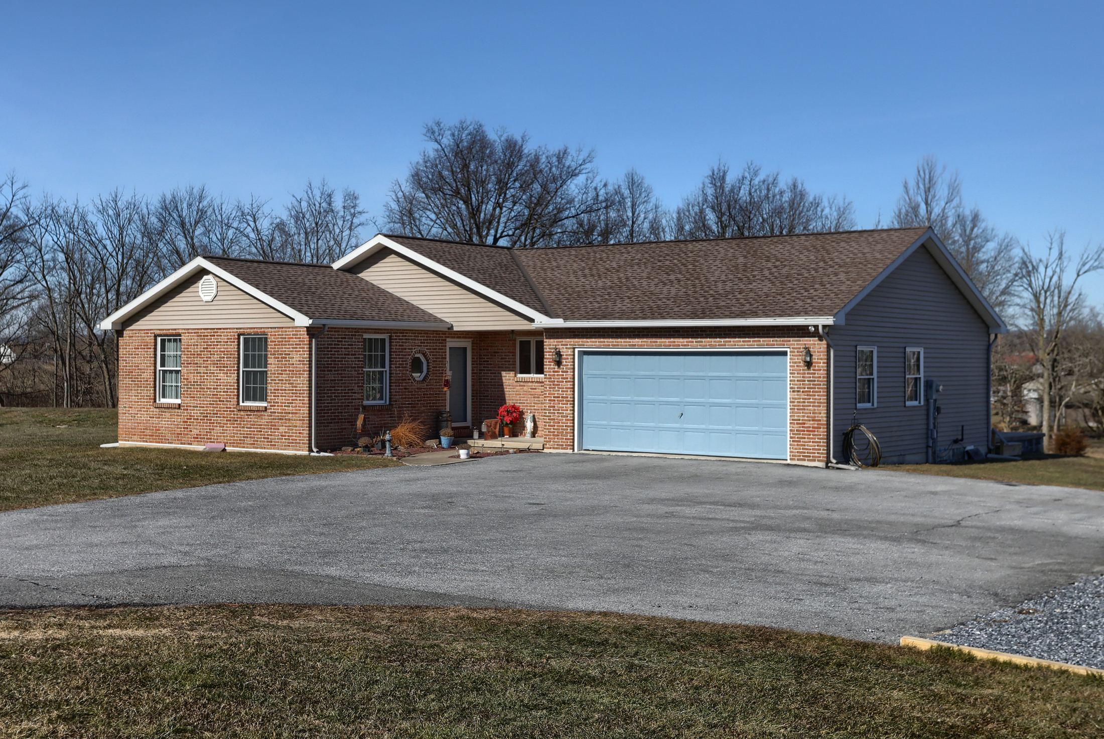 Welcome to 26 W. Strack Drive this ELCO home with land
