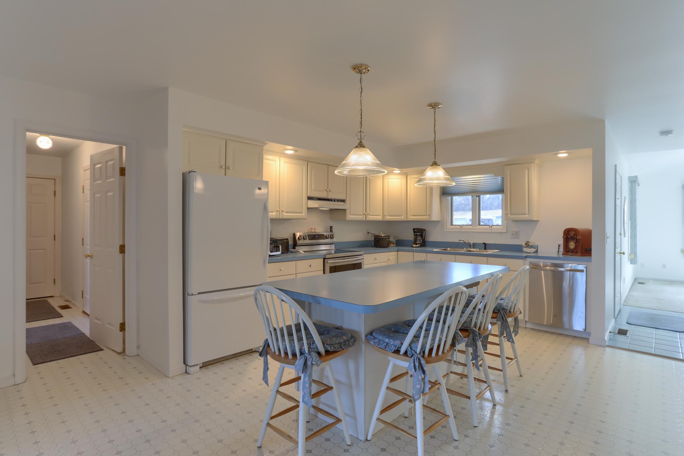 26 W. Strack Drive - Kitchen