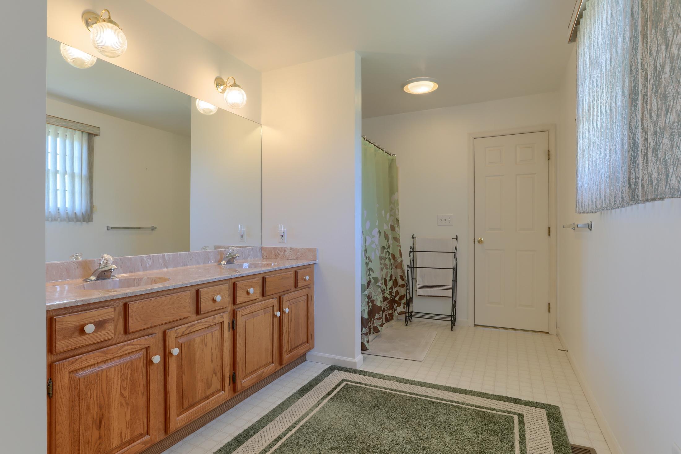 26 W. Strack Drive - Bathroom