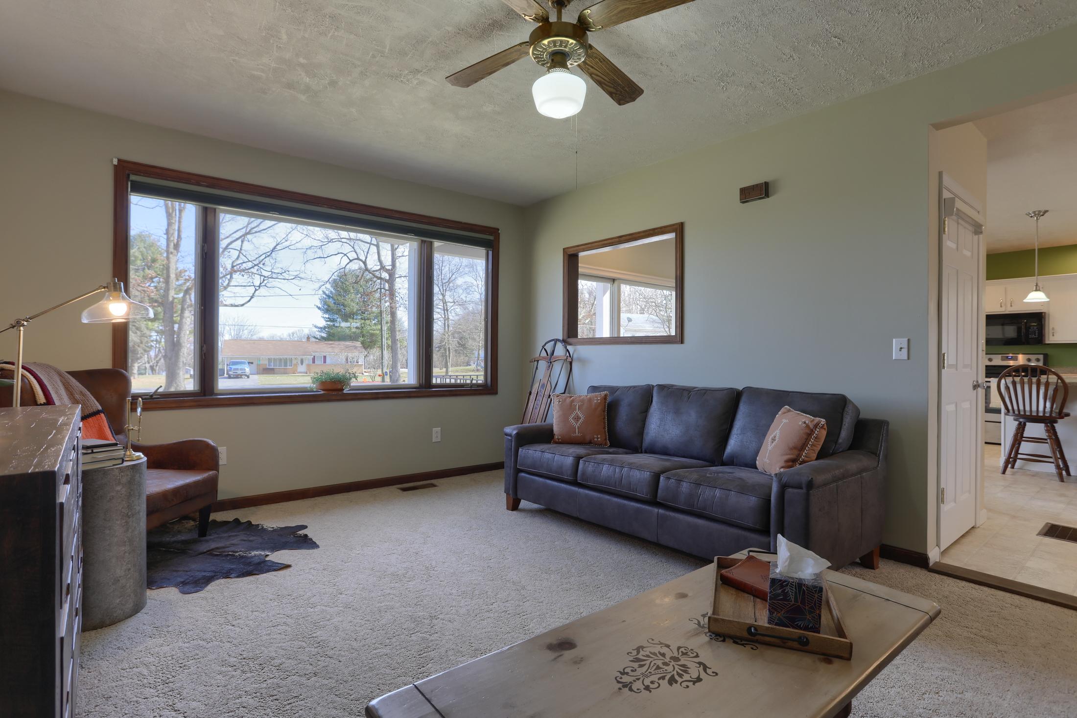 285 Strack Drive - living room