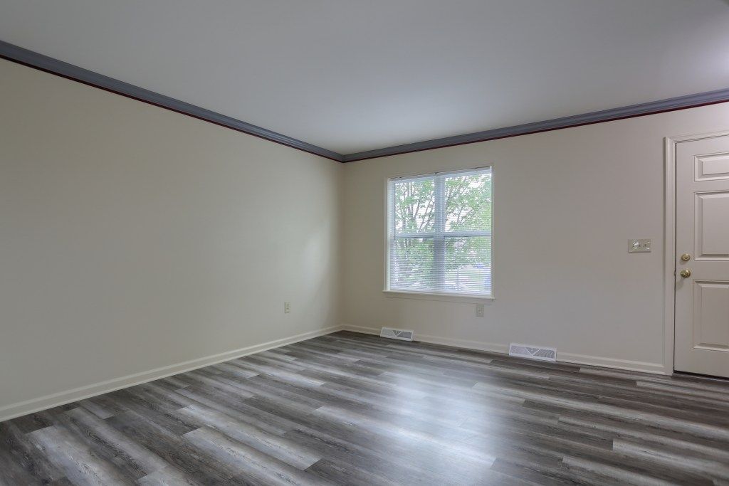 25 Tiffany Lane - living room with new flooring move in ready townhome